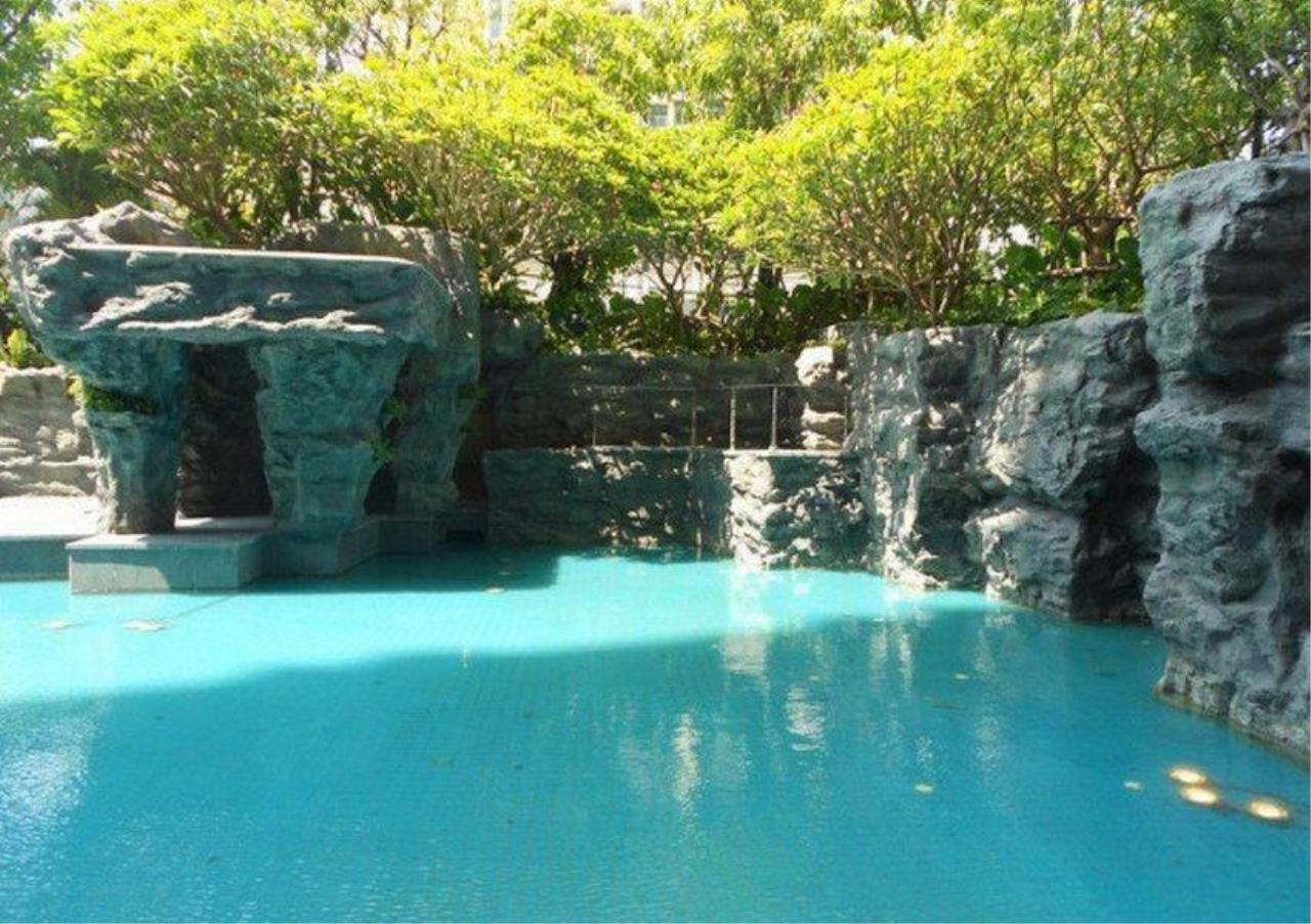 Bangkok Residential Agency's 2 Bed Condo For Rent in Phetchaburi BR5677CD 1