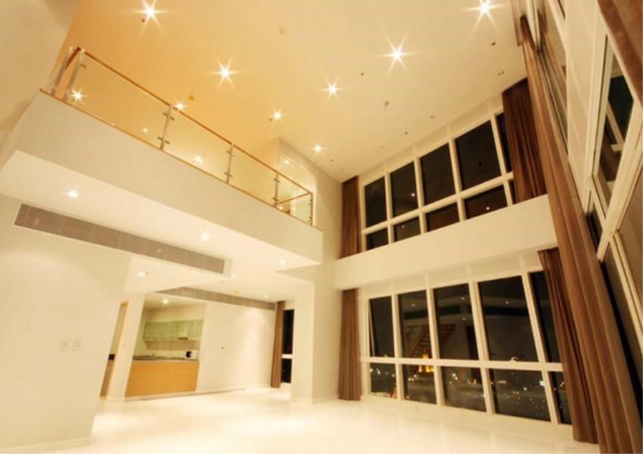 Bangkok Residential Agency's 3 Bed Condo For Rent in Asoke BR5726CD 3