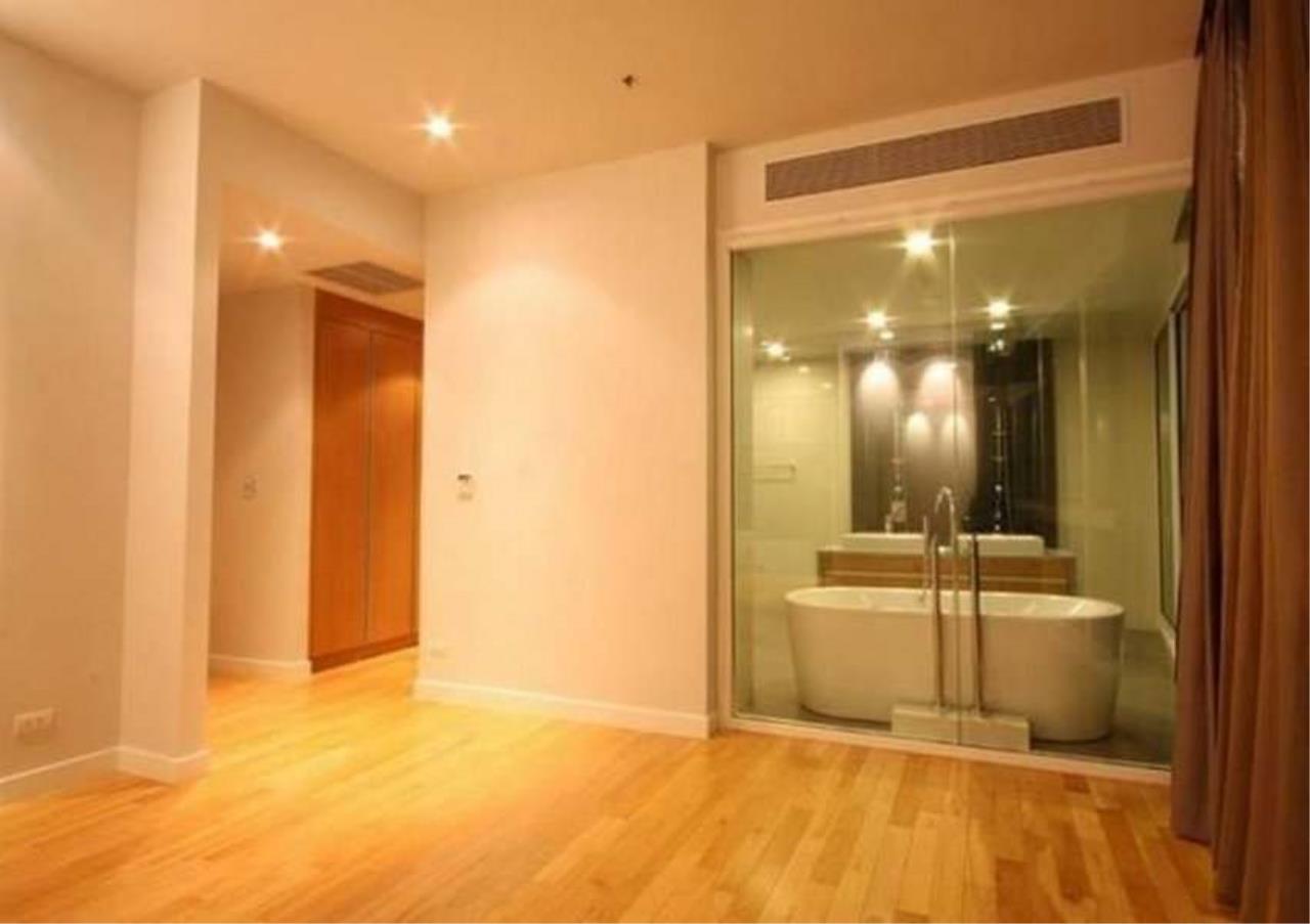 Bangkok Residential Agency's 3 Bed Condo For Rent in Asoke BR5726CD 7