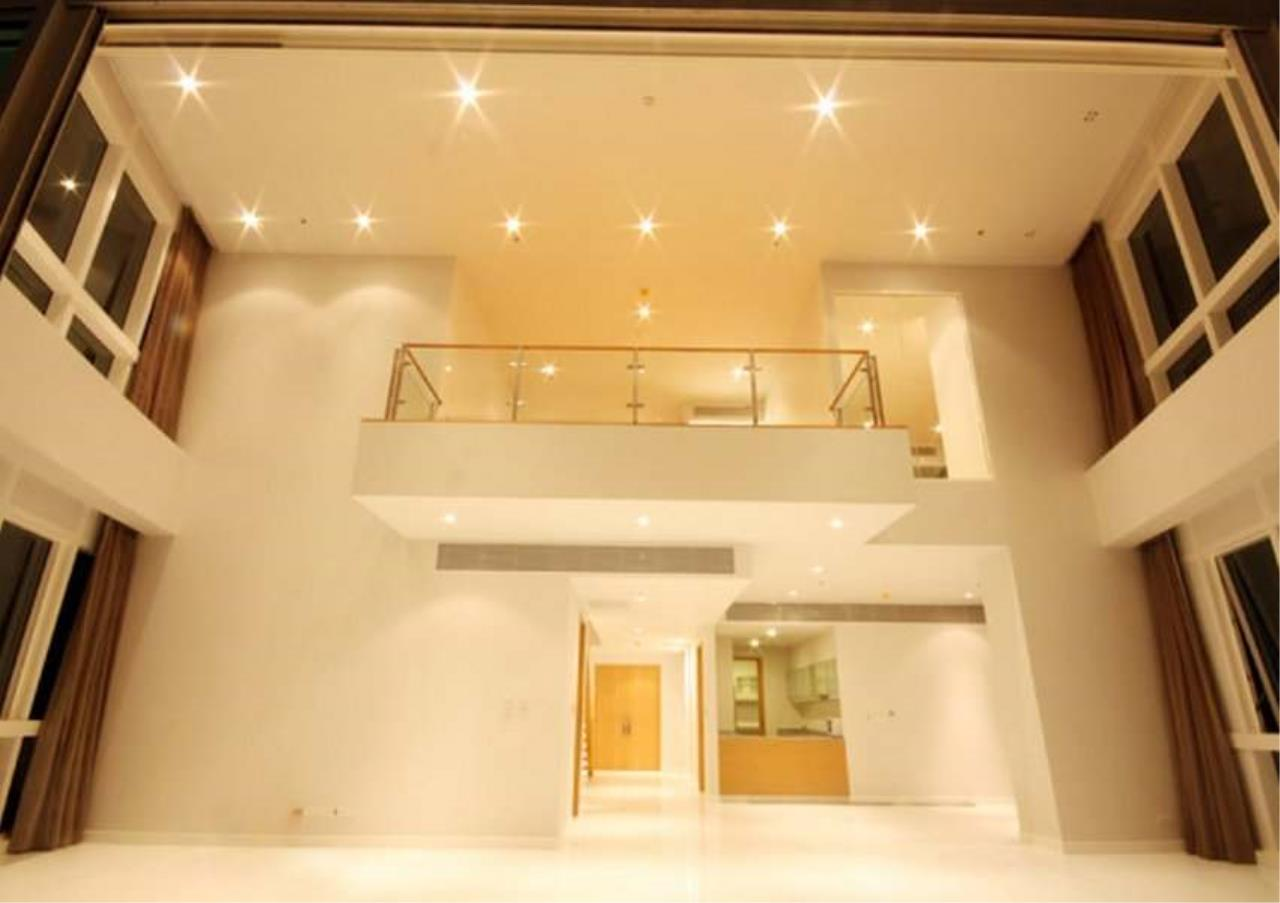 Bangkok Residential Agency's 3 Bed Condo For Rent in Asoke BR5726CD 11