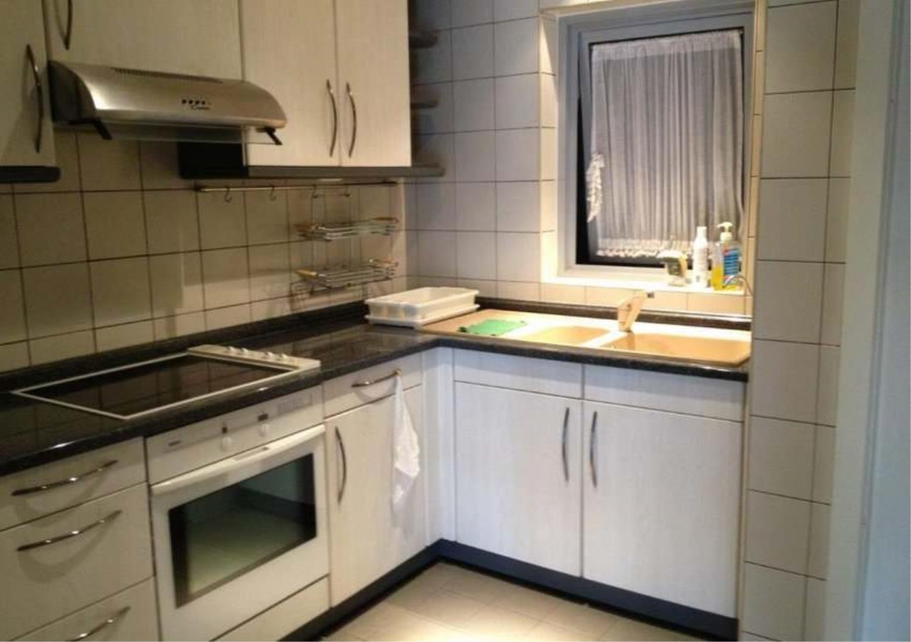 Bangkok Residential Agency's 3 Bed Condo For Rent in Phloenchit BR5733CD 2