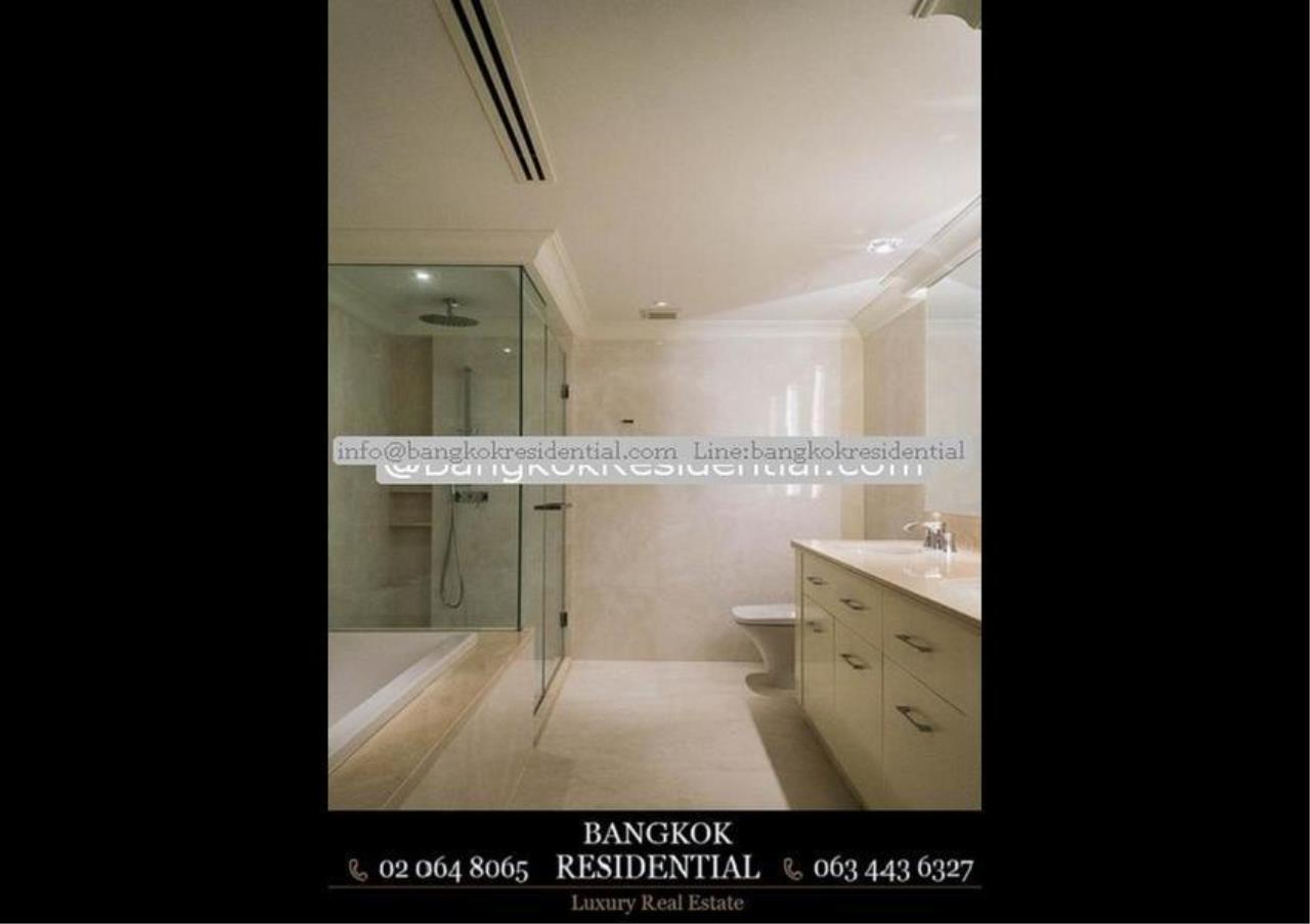 Bangkok Residential Agency's 3 Bed Condo For Rent in Chidlom BR5765CD 24