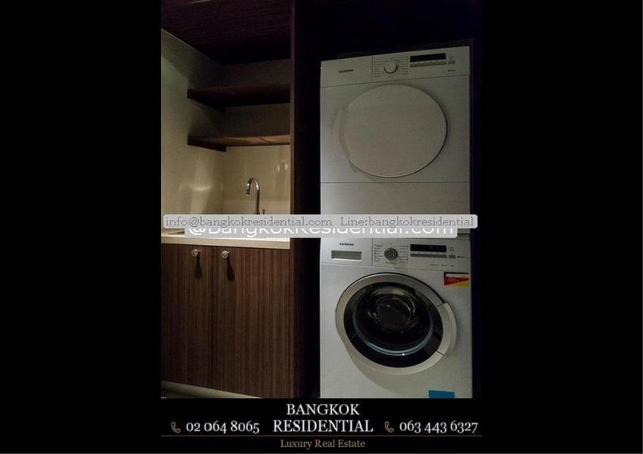 Bangkok Residential Agency's 3 Bed Condo For Rent in Chidlom BR5765CD 32
