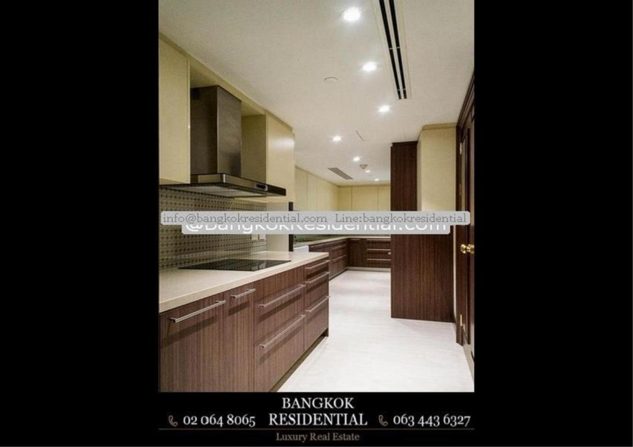Bangkok Residential Agency's 3 Bed Condo For Rent in Chidlom BR5765CD 33