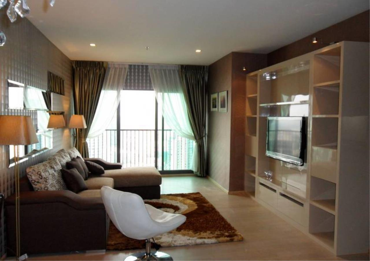 Bangkok Residential Agency's 3 Bed Condo For Rent in Thonglor BR5766CD 2