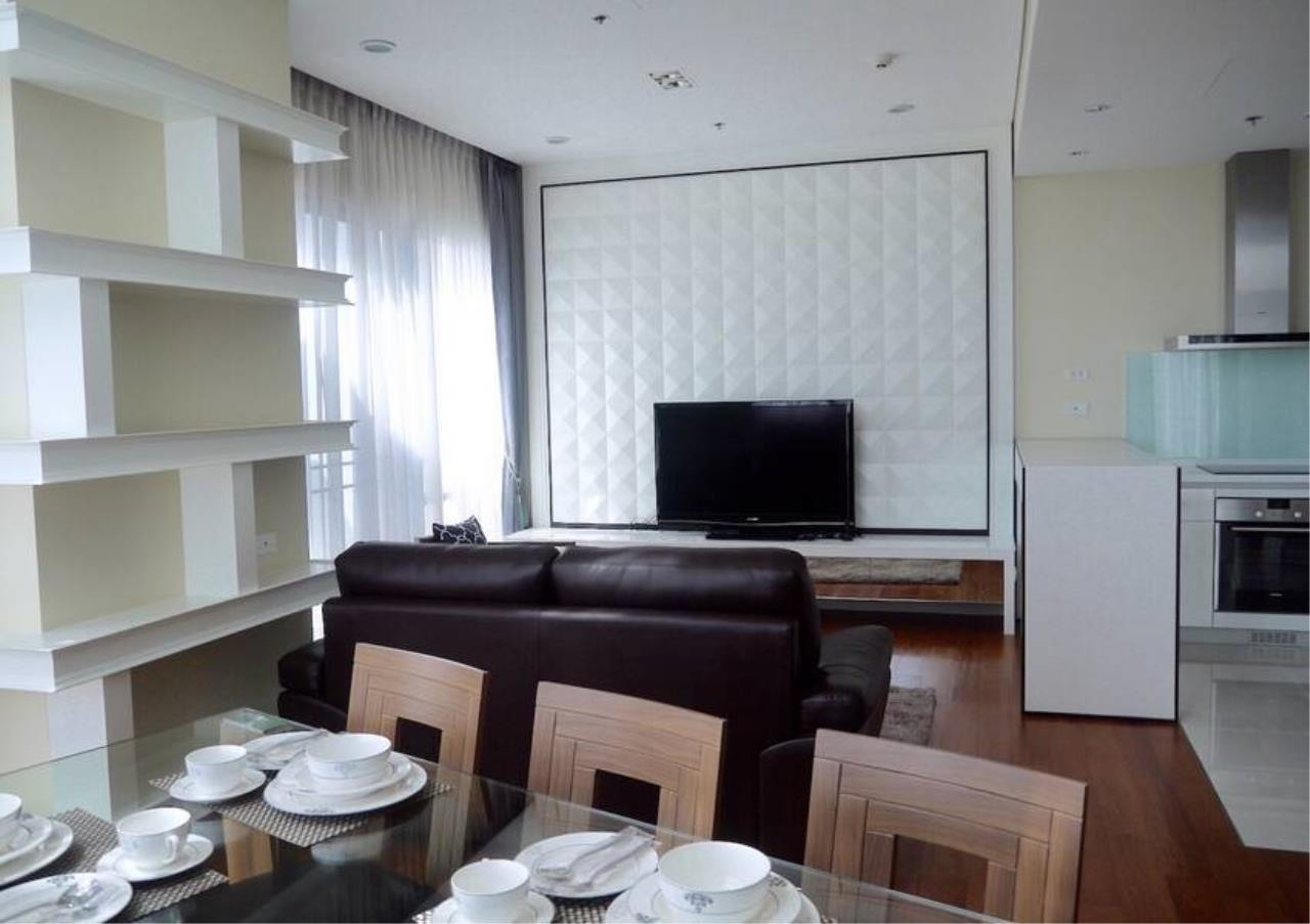 Bangkok Residential Agency's 3 Bed Condo For Sale in Phrom Phong BR5814CD 2