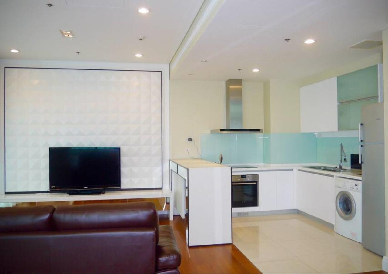 Bangkok Residential Agency's 3 Bed Condo For Sale in Phrom Phong BR5814CD 4