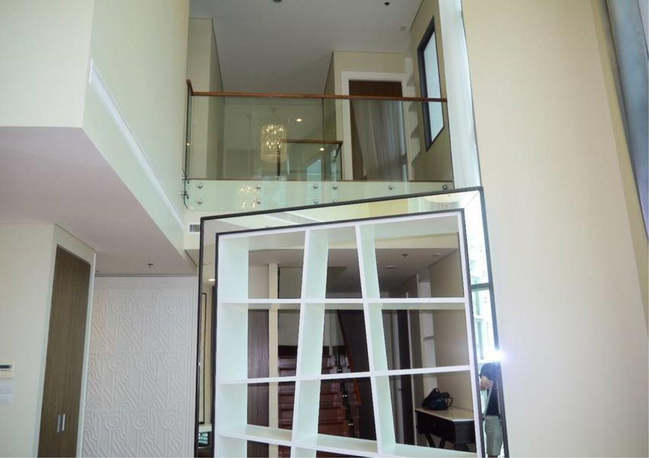 Bangkok Residential Agency's 3 Bed Condo For Sale in Phrom Phong BR5814CD 6