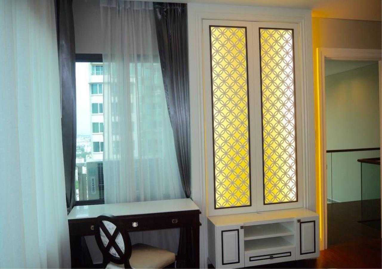 Bangkok Residential Agency's 3 Bed Condo For Sale in Phrom Phong BR5814CD 11