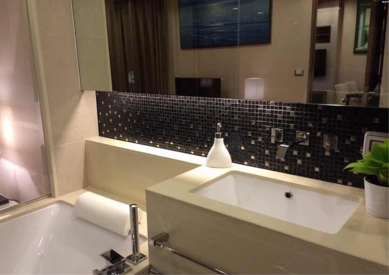 Bangkok Residential Agency's 2 Bed Condo For Sale in Sathorn BR5843CD 8