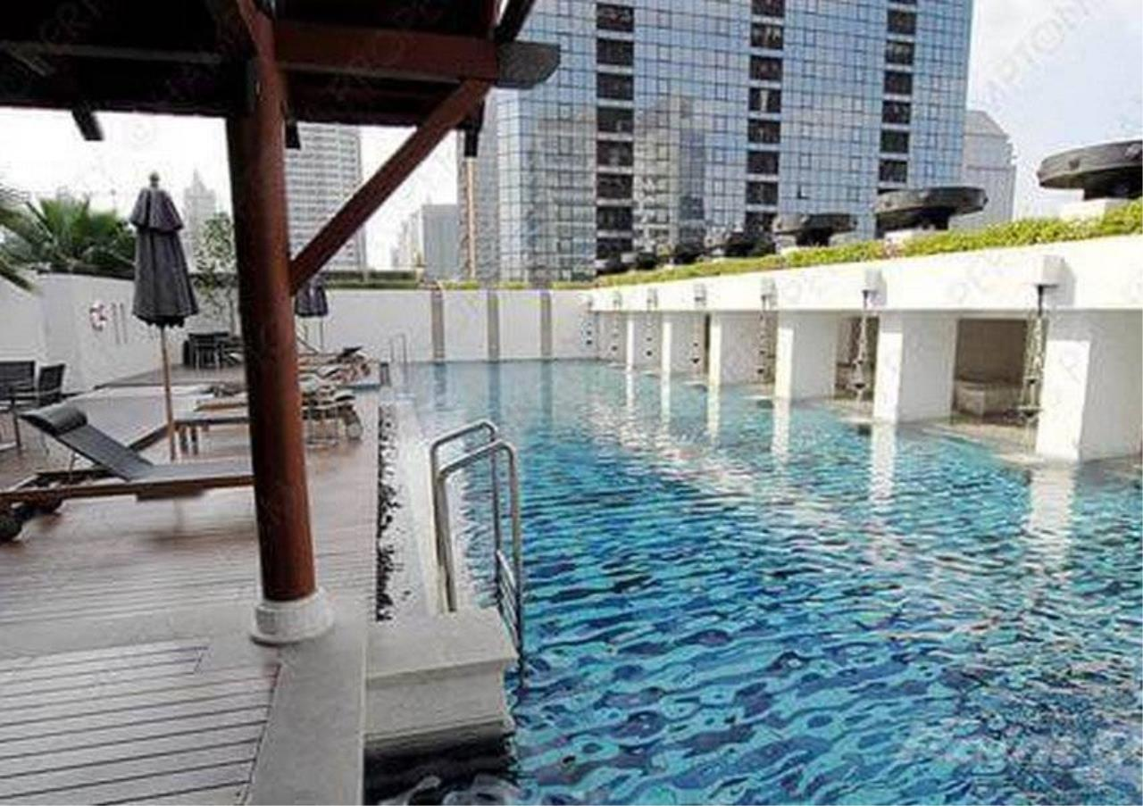 Bangkok Residential Agency's 2 Bed Condo For Rent in Phloenchit BR5845CD 1