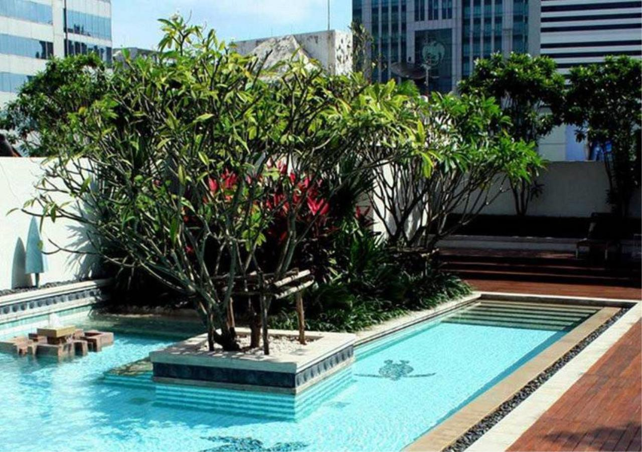 Bangkok Residential Agency's 2 Bed Condo For Rent in Phloenchit BR5845CD 2