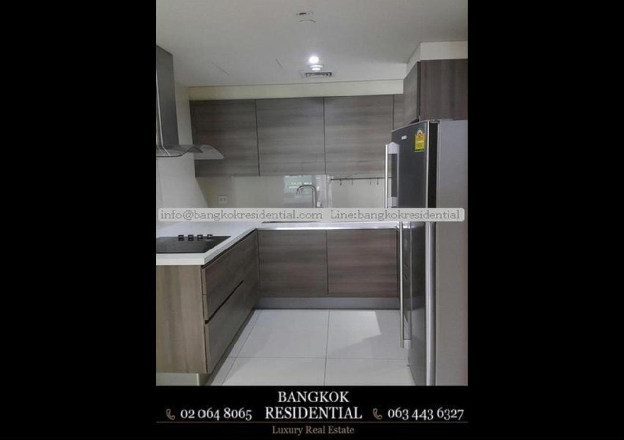 Bangkok Residential Agency's 2 Bed Condo For Rent in Phloenchit BR5858CD 2