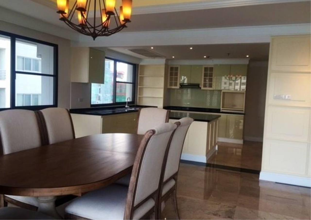Bangkok Residential Agency's 3 Bed Condo For Rent in Phrom Phong BR5944CD 6