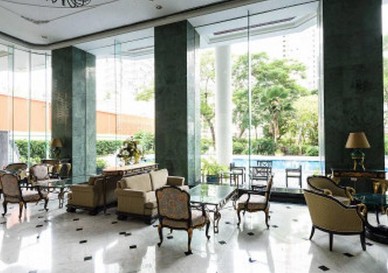 Bangkok Residential Agency's 3 Bed Condo For Rent in Phrom Phong BR5944CD 24