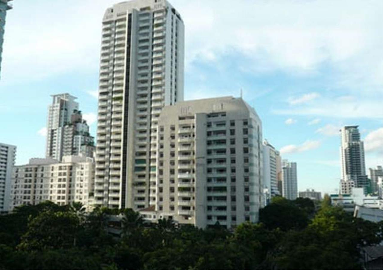 Bangkok Residential Agency's 3 Bed Condo For Rent in Phrom Phong BR5969CD 1
