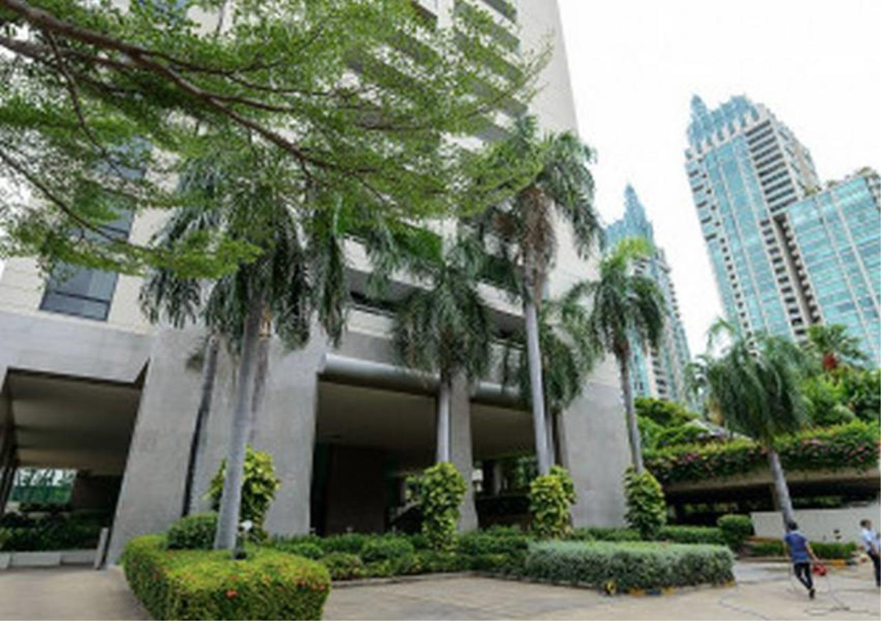 Bangkok Residential Agency's 2 Bed Condo For Rent in Chidlom BR5994CD 10