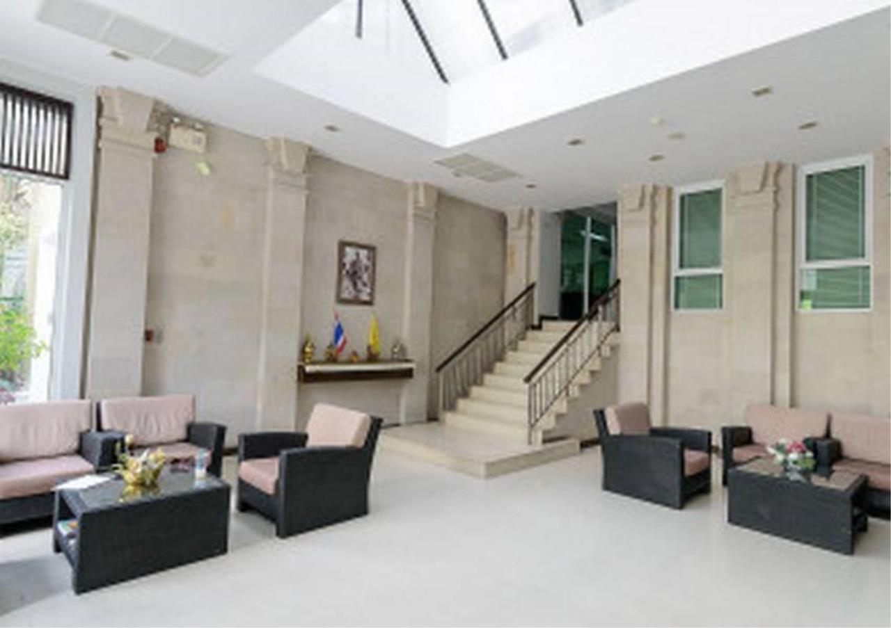 Bangkok Residential Agency's 2 Bed Condo For Rent in Ekkamai BR6001CD 3