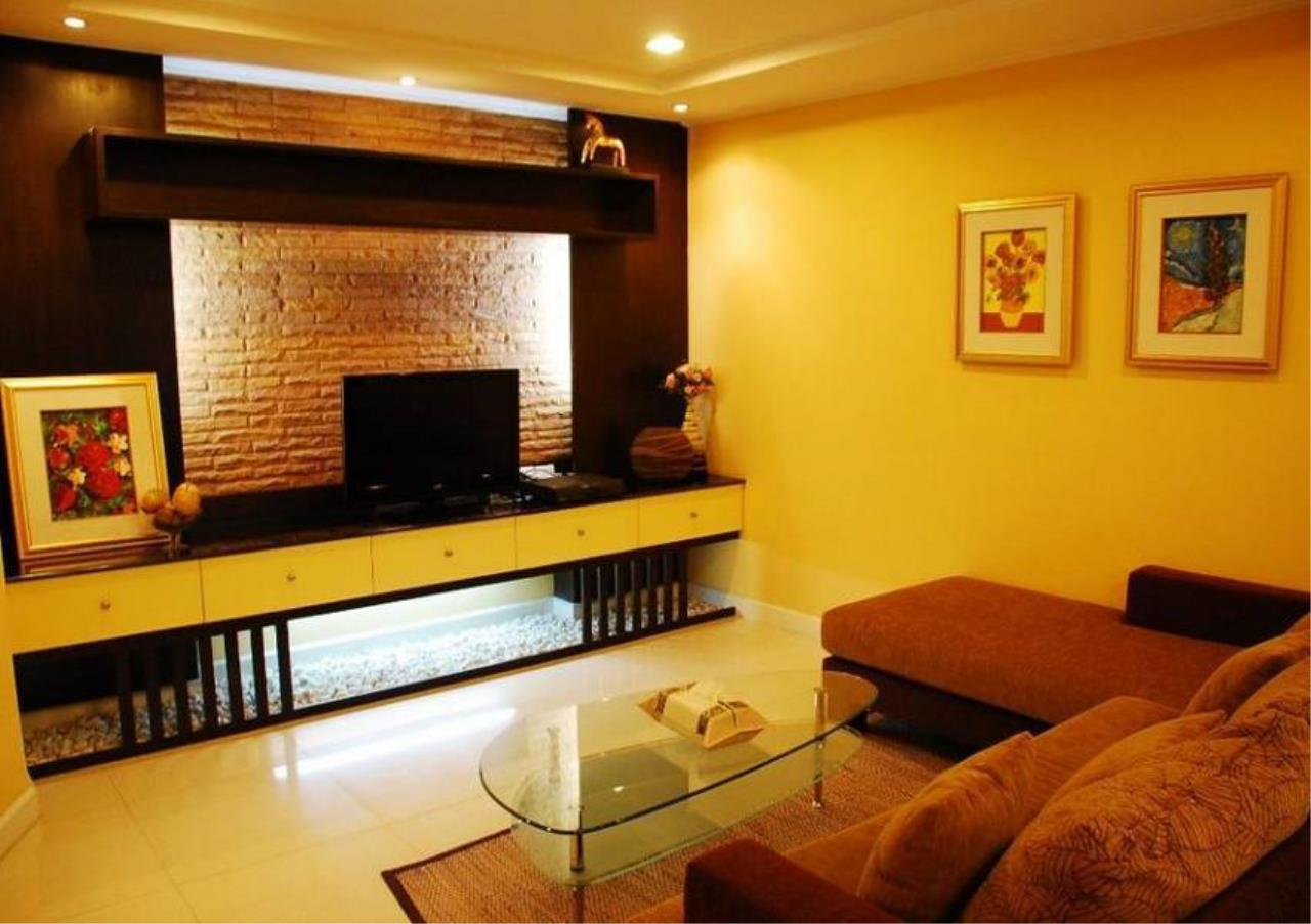 Bangkok Residential Agency's 3 Bed Condo For Rent in Thonglor BR6052CD 8