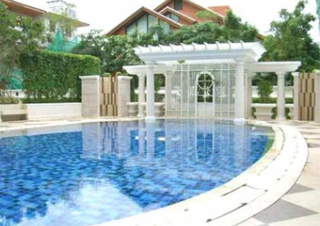 Bangkok Residential Agency's 3 Bed Condo For Rent in Thonglor BR6052CD 12