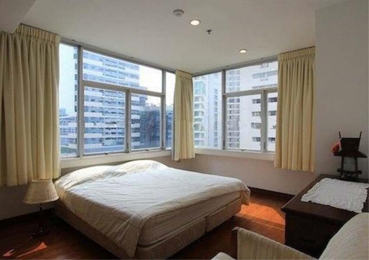 Bangkok Residential Agency's 2 Bed Condo For Rent in Chidlom BR6061CD 5