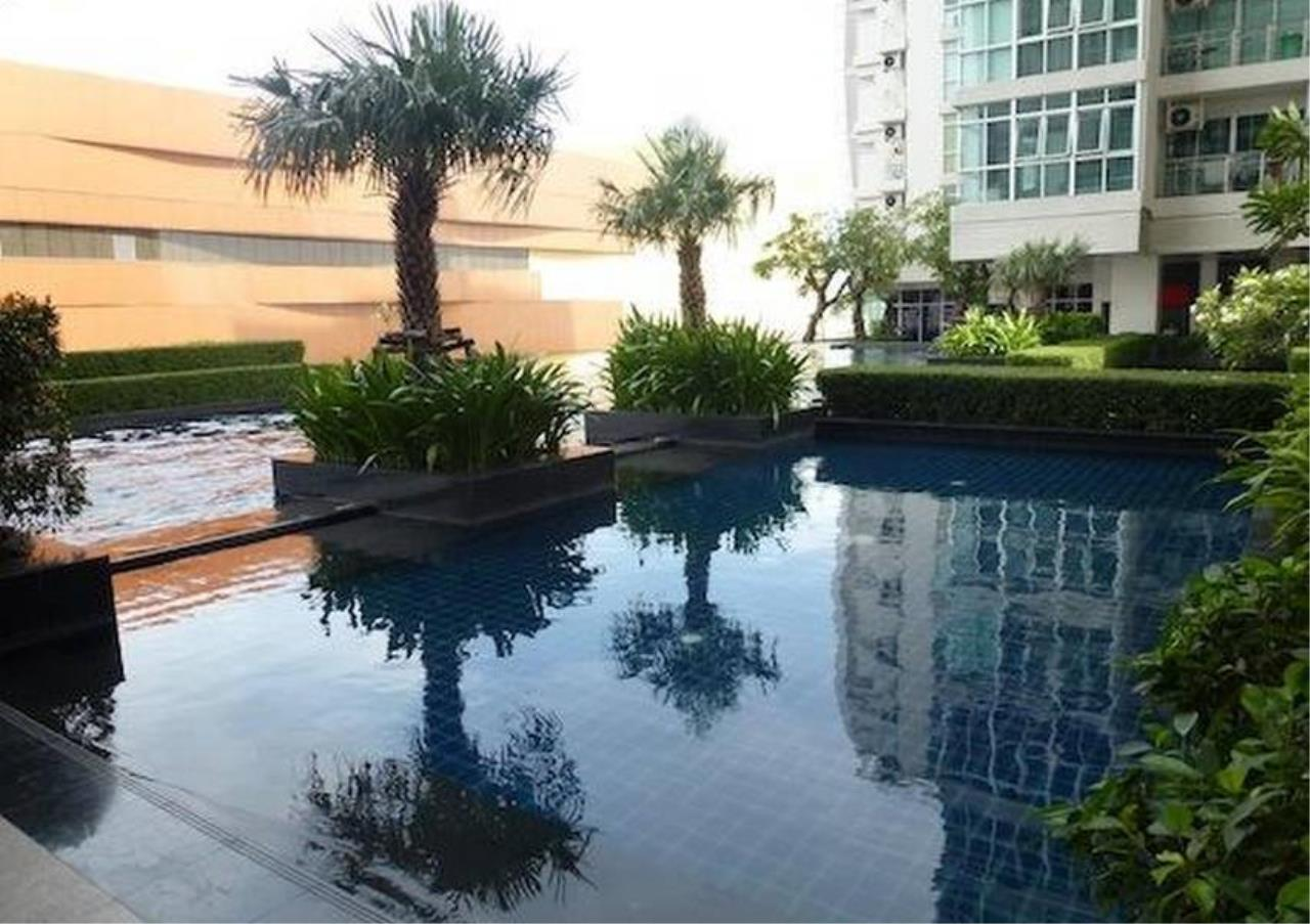 Bangkok Residential Agency's 2 Bed Condo For Rent in Ekkamai BR6123CD 1