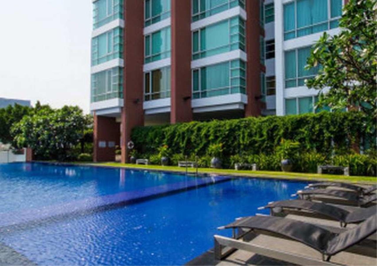 Bangkok Residential Agency's 3 Bed Condo For Rent in Ekkamai BR6167CD 8