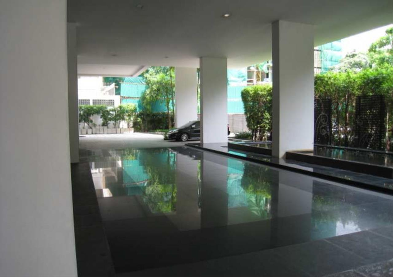 Bangkok Residential Agency's 3 Bed Condo For Rent in Ekkamai BR6167CD 10