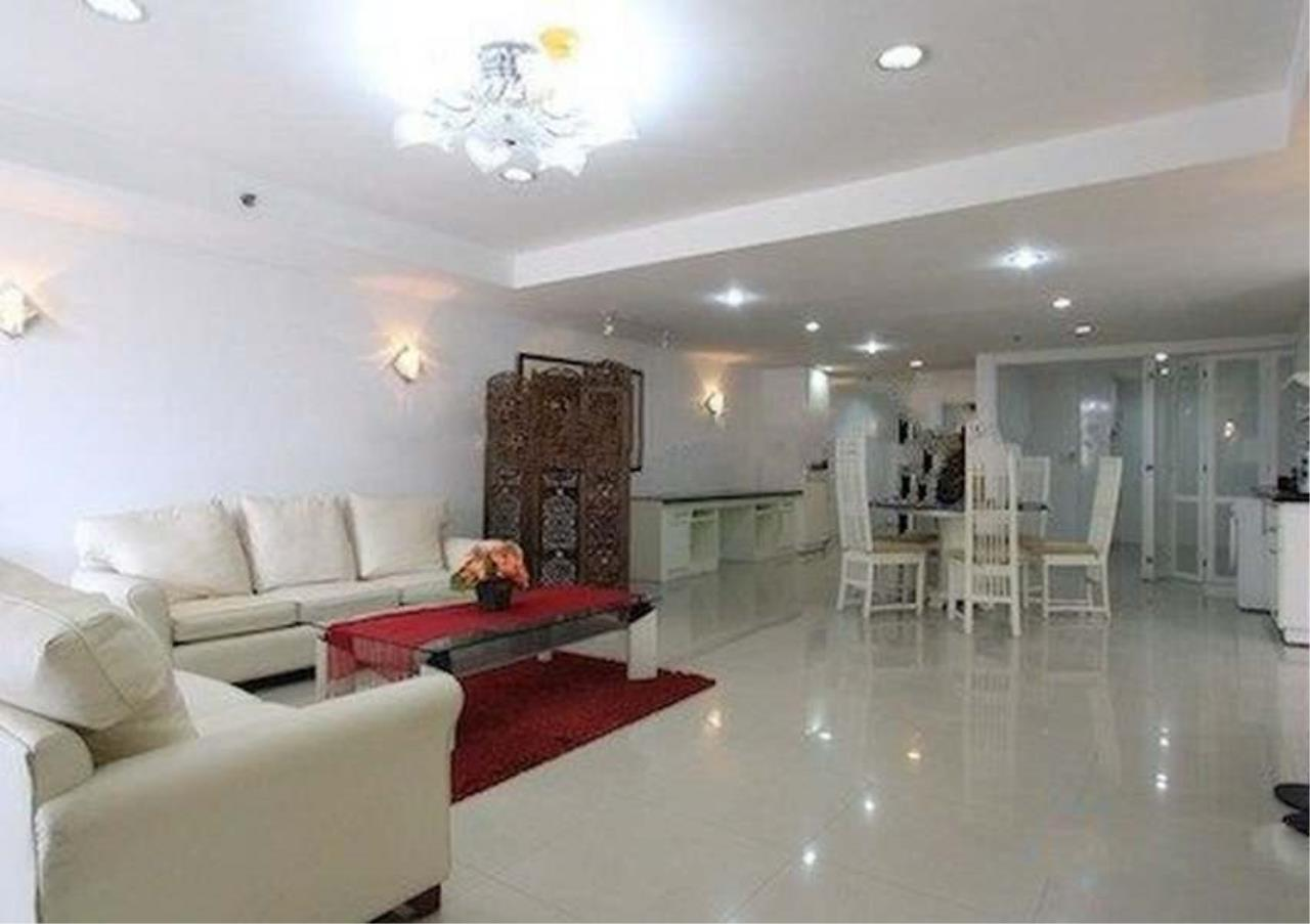 Bangkok Residential Agency's 3 Bed Condo For Rent in Asoke BR6292CD 1