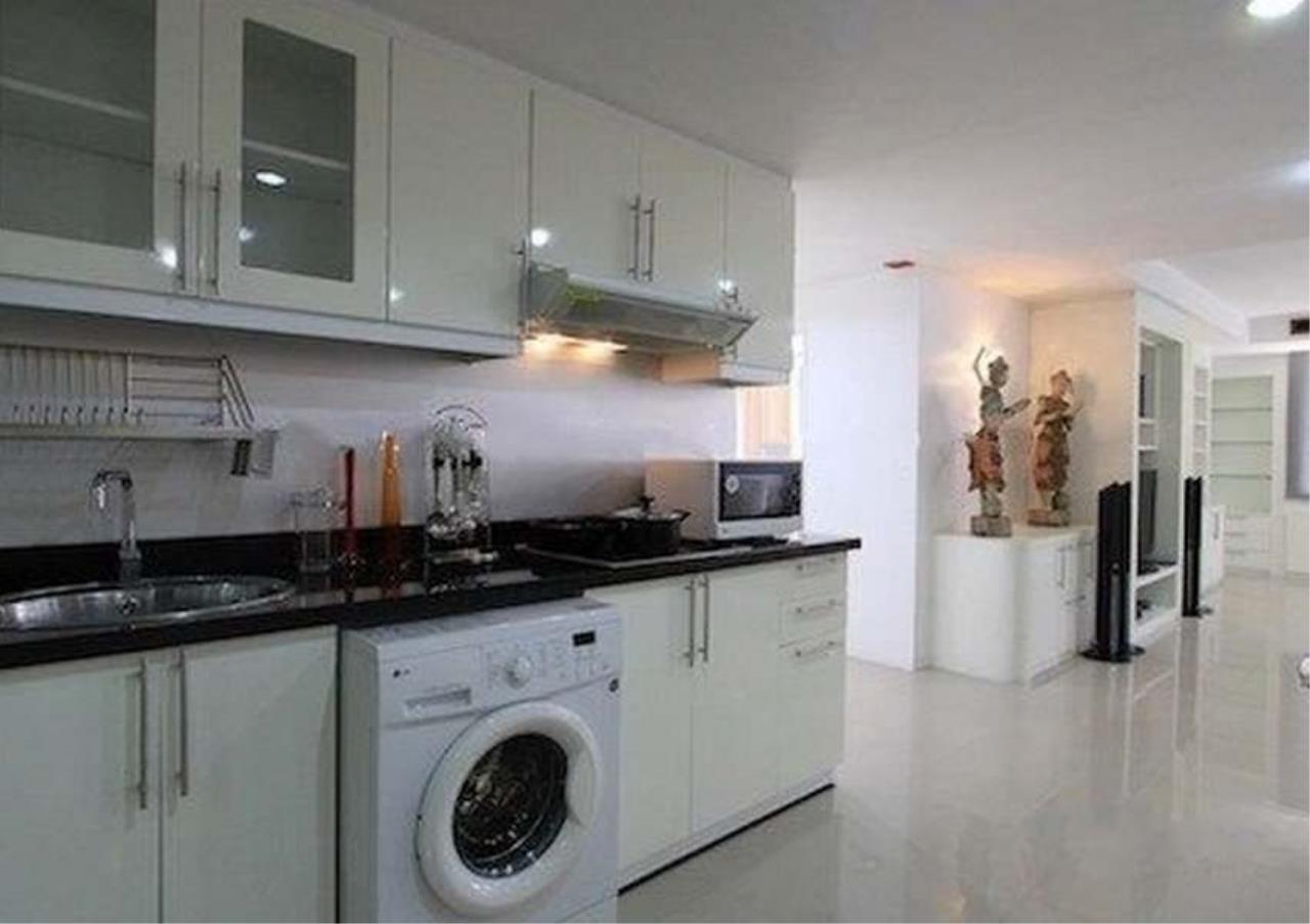 Bangkok Residential Agency's 3 Bed Condo For Rent in Asoke BR6292CD 2