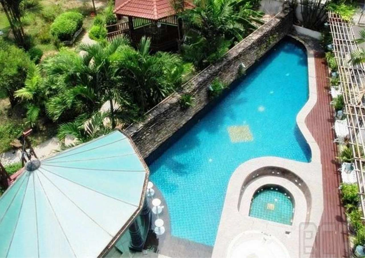 Bangkok Residential Agency's 3 Bed Condo For Rent in Phrom Phong BR6299CD 1