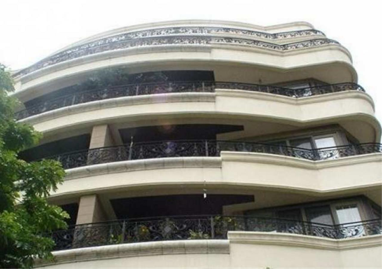 Bangkok Residential Agency's 3 Bed Condo For Rent in Phrom Phong BR6299CD 4