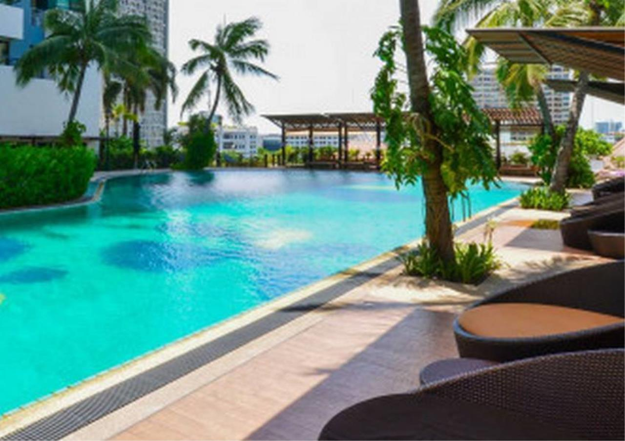 Bangkok Residential Agency's 2 Bed Condo For Rent in Sathorn BR6335CD 2