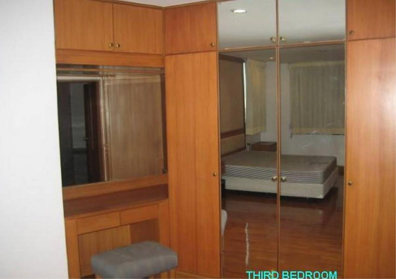 Bangkok Residential Agency's 4 Bed Condo For Rent in Phrom Phong BR6388CD 4