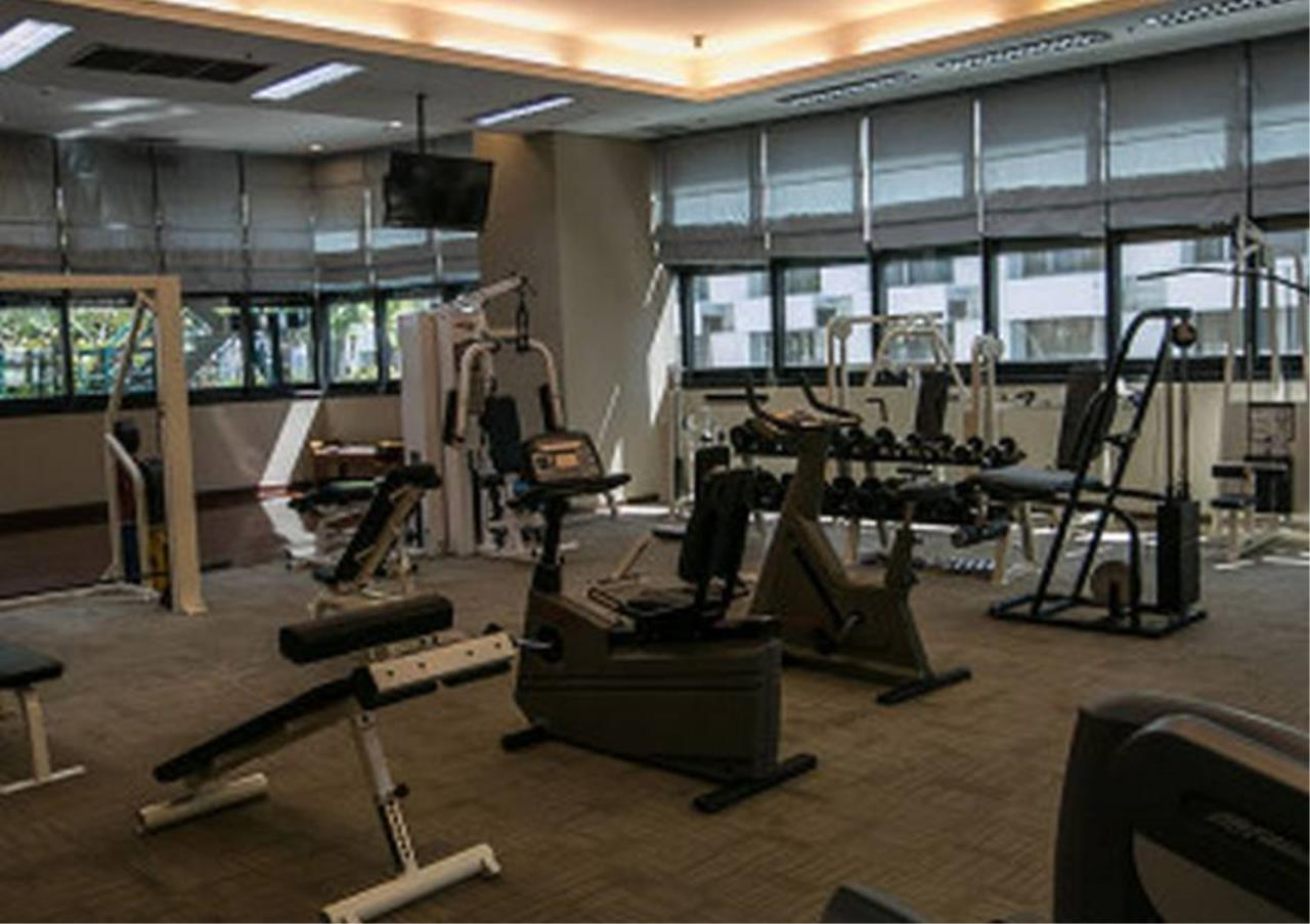 Bangkok Residential Agency's 2 Bed Condo For Rent in Chidlom BR6427CD 3