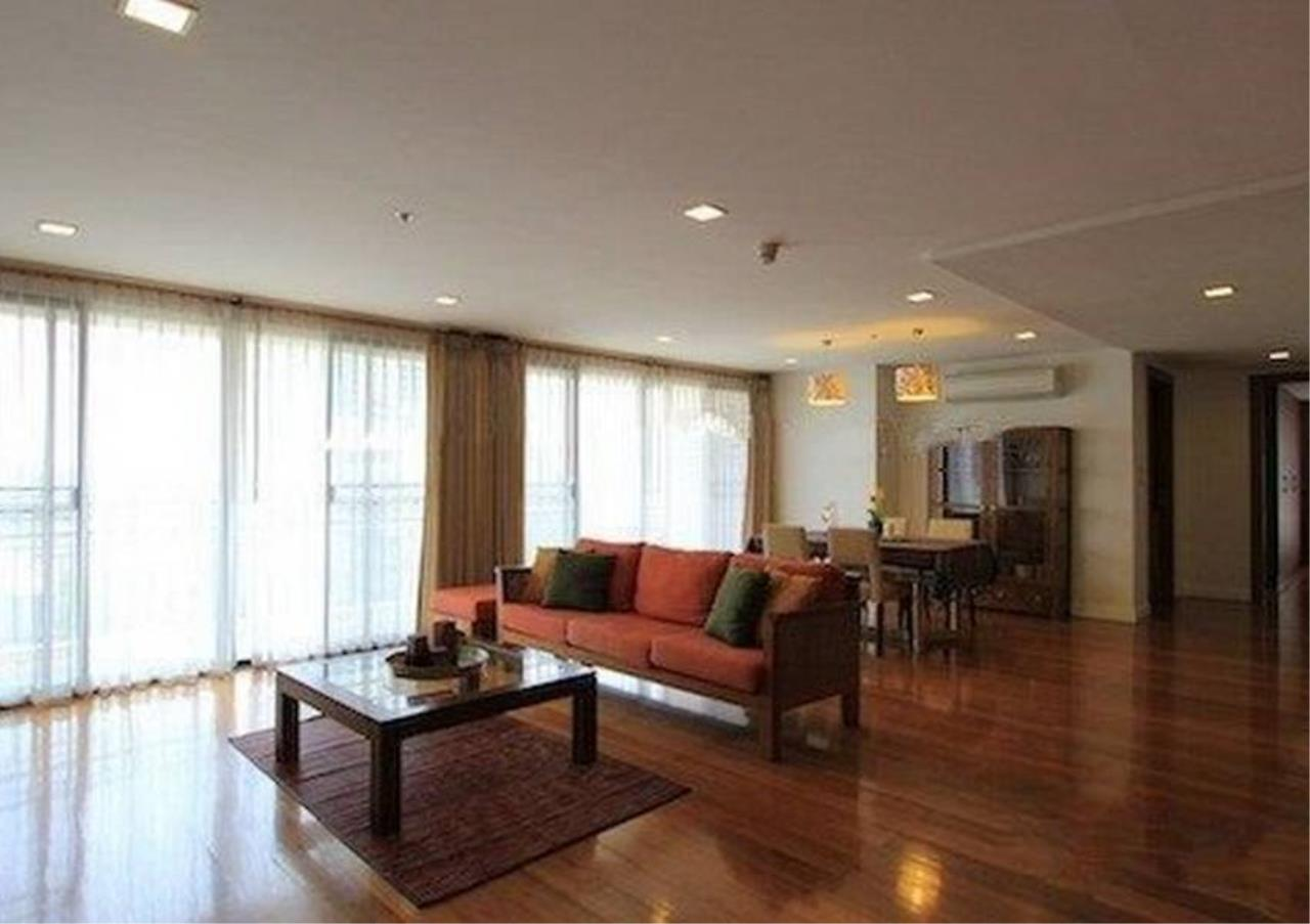 Bangkok Residential Agency's 2 Bed Condo For Rent in Phrom Phong BR6432CD 2