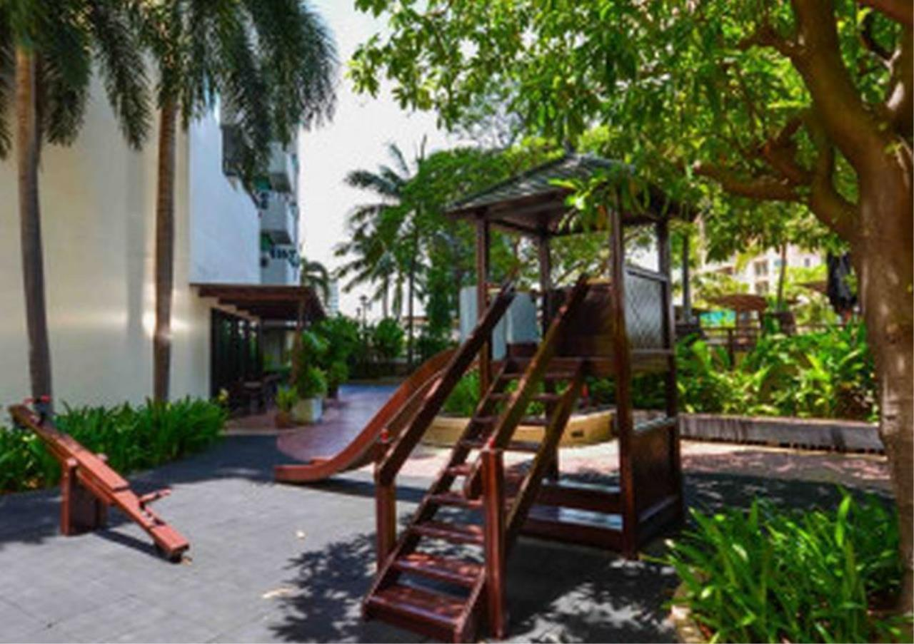 Bangkok Residential Agency's 2 Bed Condo For Rent in Sathorn BR6441CD 8
