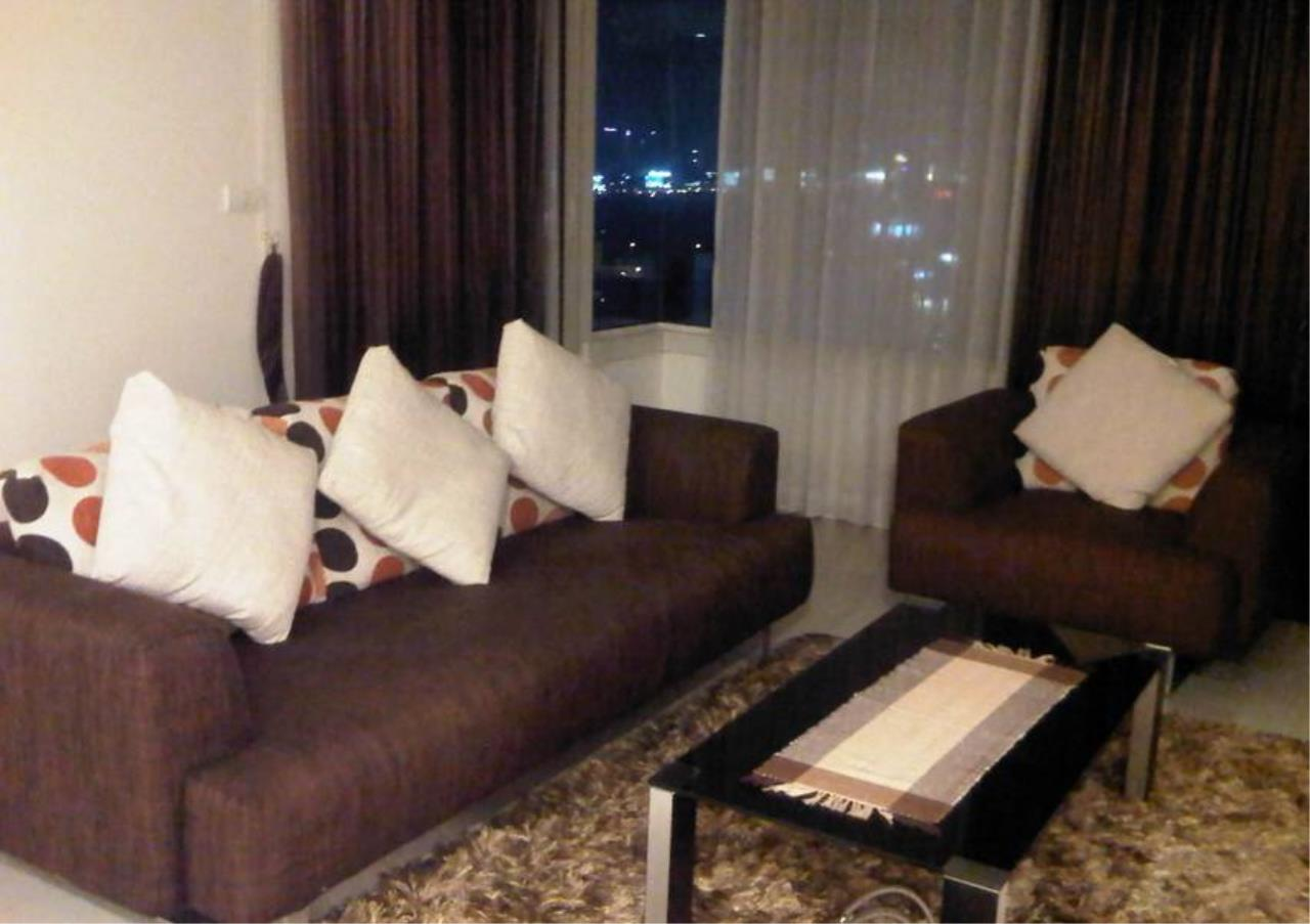 Bangkok Residential Agency's 2 Bed Condo For Rent in Chidlom BR6443CD 1