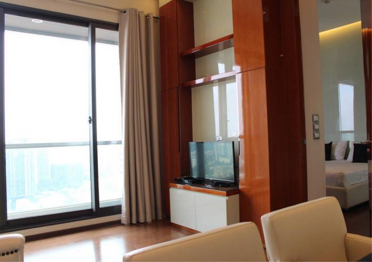 Bangkok Residential Agency's 2 Bed Condo For Rent in Phrom Phong BR6463CD 2