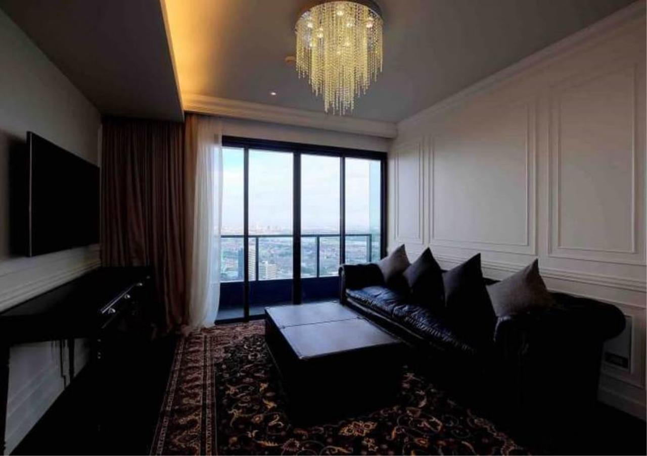 Bangkok Residential Agency's 3 Bed Penthouse For Rent in Phrom Phong BR6502CD 2