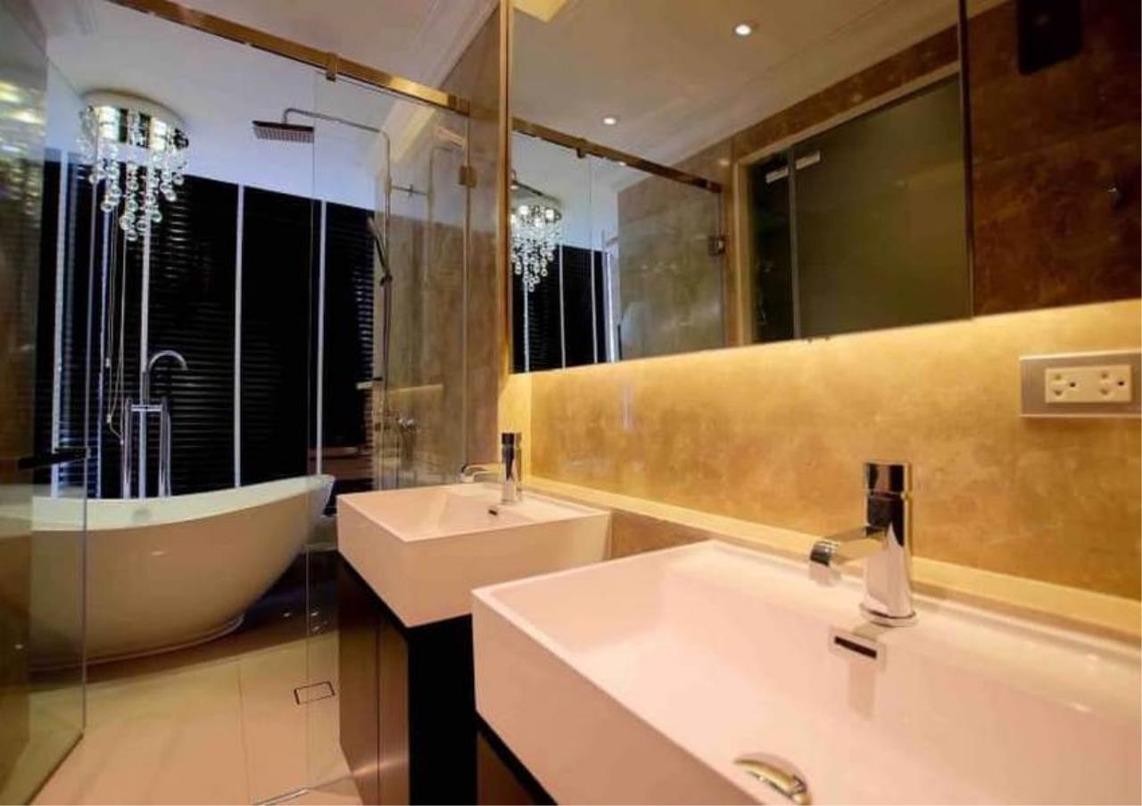 Bangkok Residential Agency's 3 Bed Penthouse For Rent in Phrom Phong BR6502CD 15