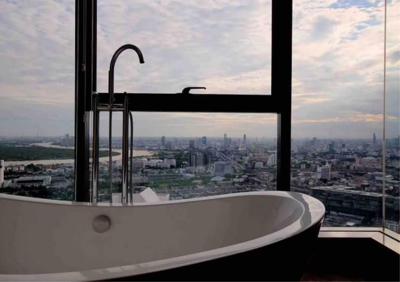 Bangkok Residential Agency's 3 Bed Penthouse For Rent in Phrom Phong BR6502CD 17