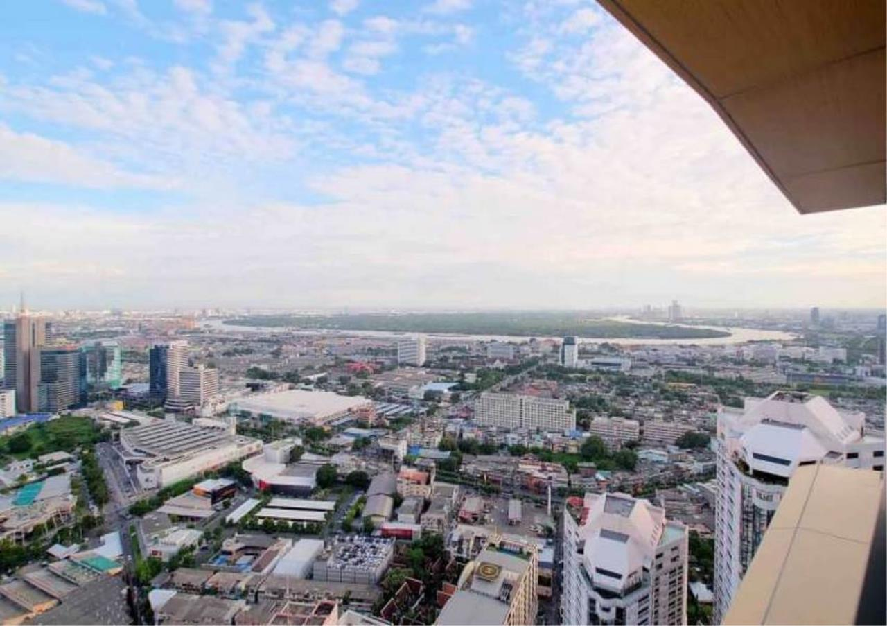 Bangkok Residential Agency's 3 Bed Penthouse For Rent in Phrom Phong BR6502CD 20