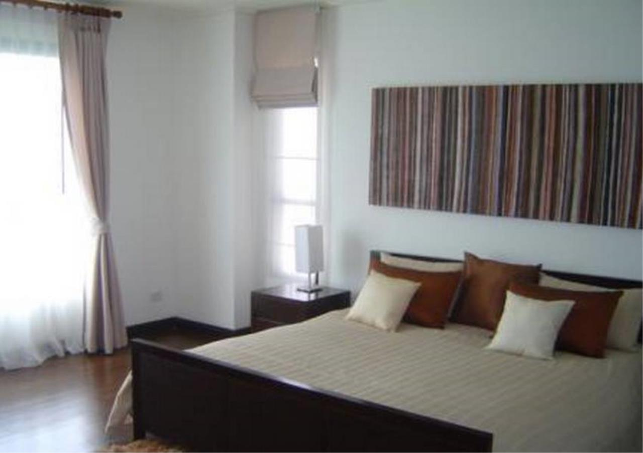 Bangkok Residential Agency's 3 Bed Condo For Sale in Silom BR6508CD 4