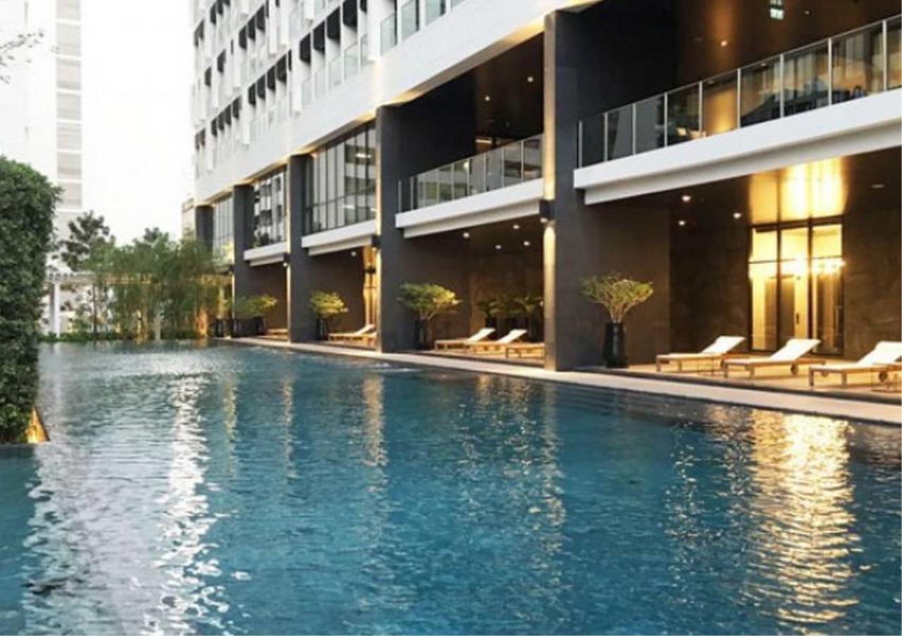 Bangkok Residential Agency's 1 Bed Condo For Sale in Phloenchit BR6533CD 1