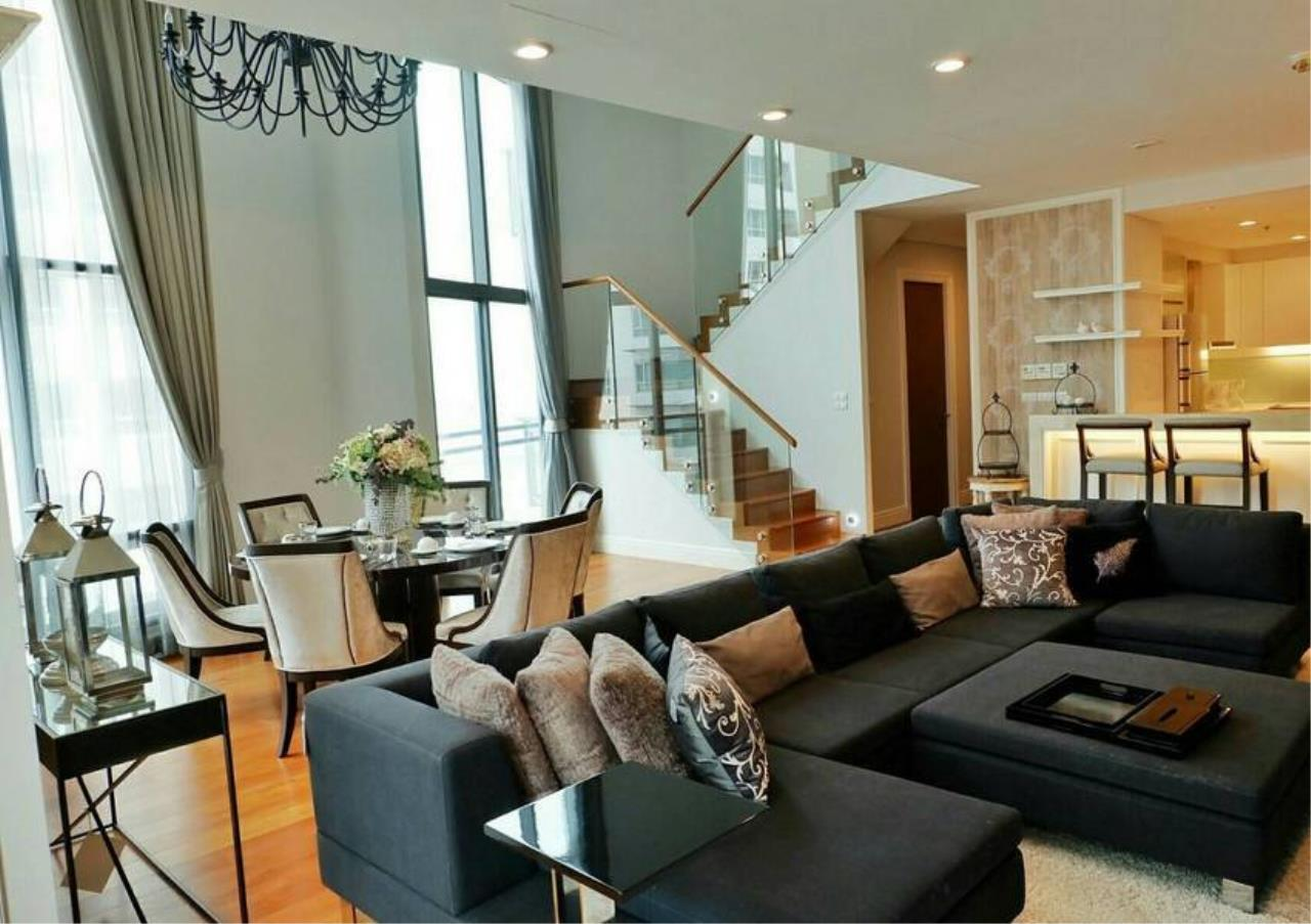 Bangkok Residential Agency's 3 Bed Condo For Rent in Phrom Phong BR6540CD 2