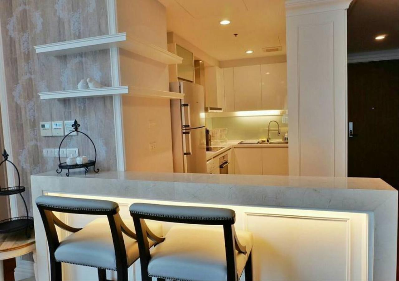Bangkok Residential Agency's 3 Bed Condo For Rent in Phrom Phong BR6540CD 9