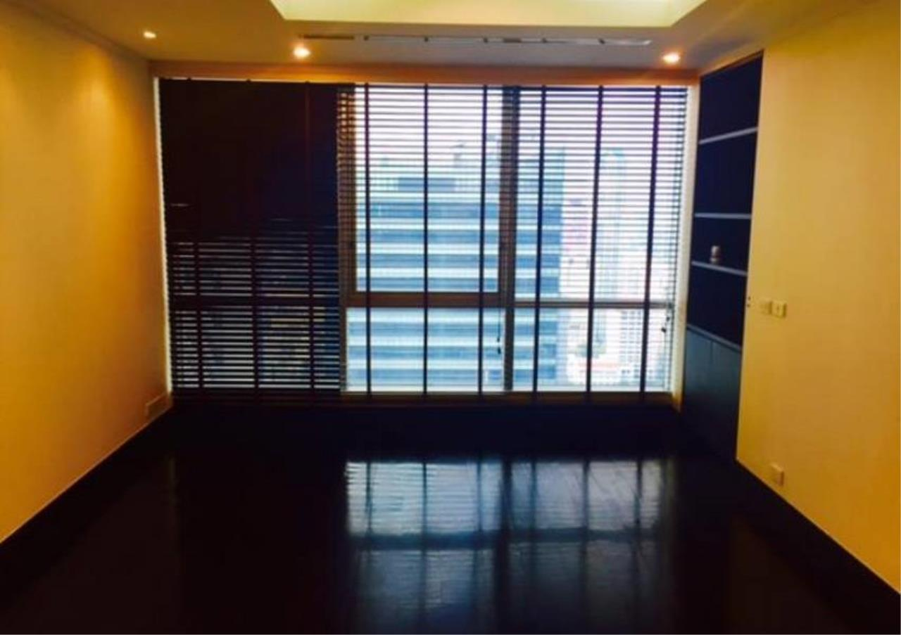 Bangkok Residential Agency's 5 Bed Penthouse For Rent in Sathorn BR6620CD 11