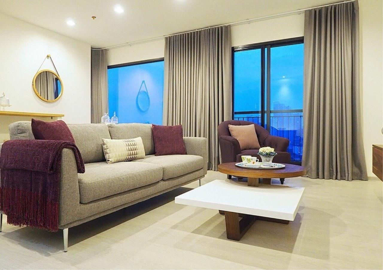 Bangkok Residential Agency's 2 Bed Condo For Sale in Thonglor BR6671CD 3