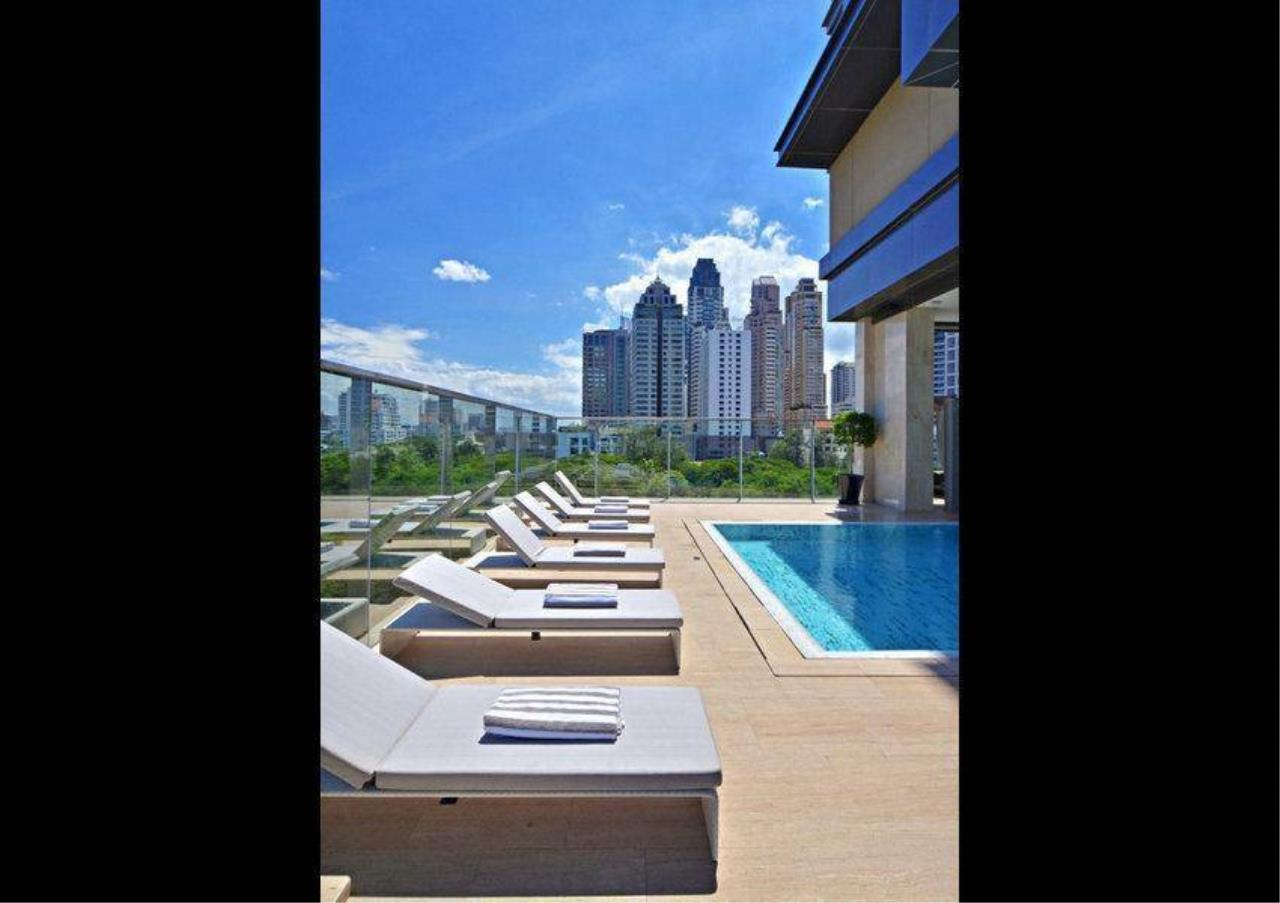 Bangkok Residential Agency's 2 Bed Condo For Sale in Phloenchit BR6676CD 11